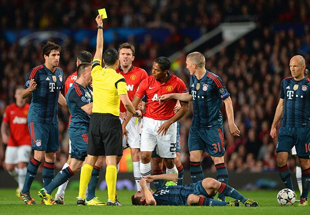 Manchester United should have had Valencia sent off, fumes Sammer