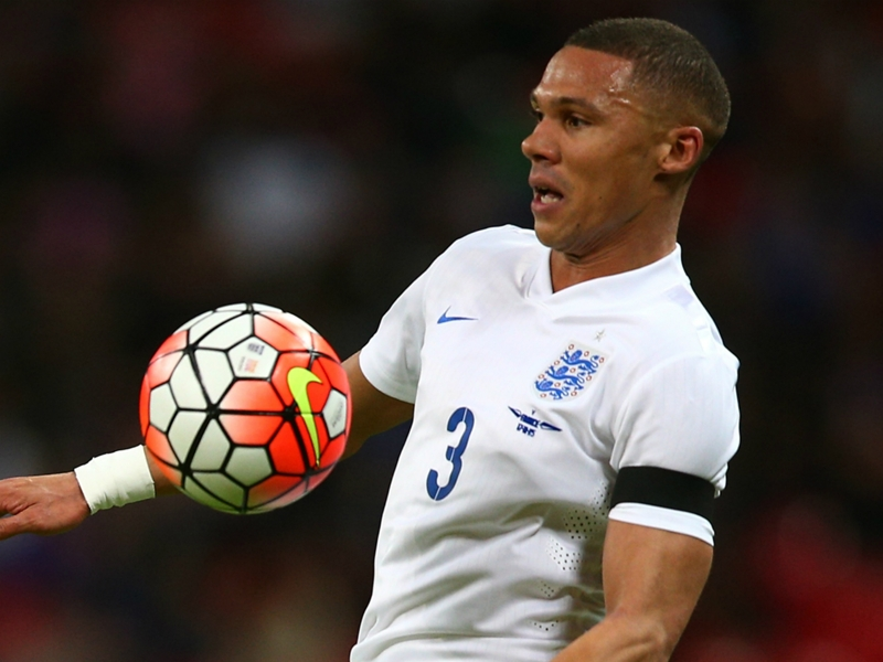 Angleterre, Gibbs remplace Bertrand