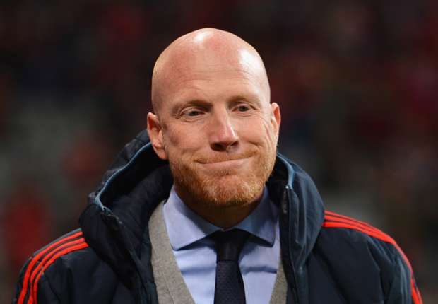 Valencia should have been sent off, says Sammer