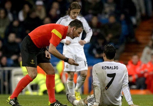 Ronaldo sedikit mengalami gangguan di lutut.