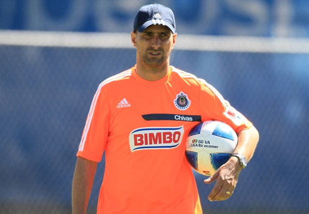 Flavio Davino está contento por llegar a Chivas