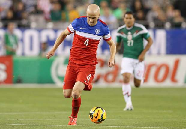 Beckerman, Bradley find joy in new formation against Mexico
