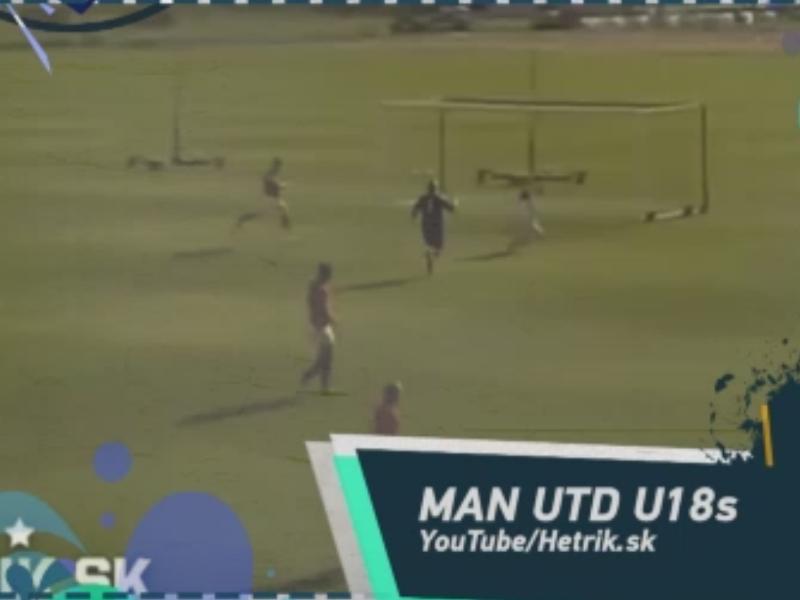 Diego Costa et un but à la Roberto Carlos dans le Social Snap du jour
