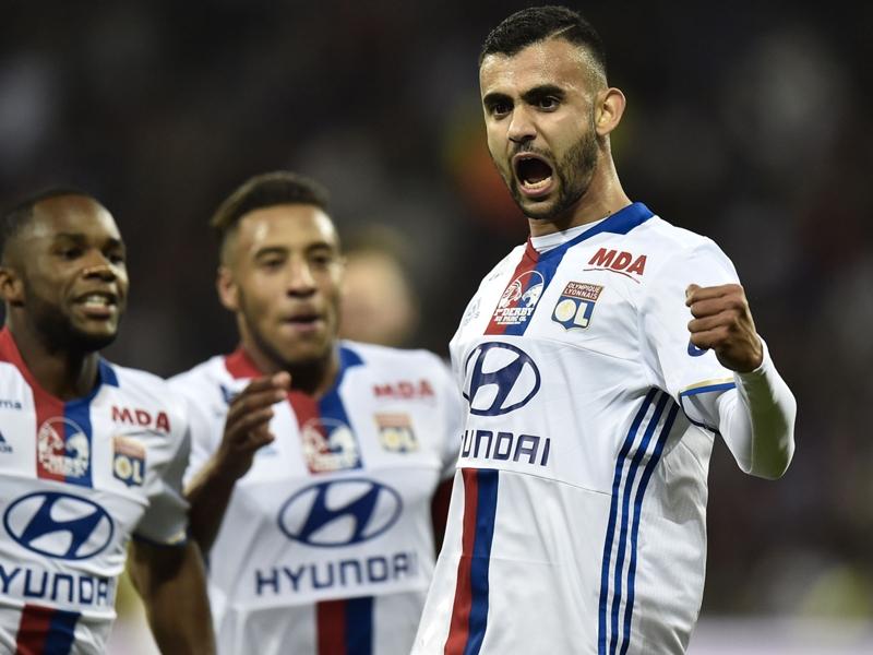 À Lyon, le cas Rachid Ghezzal suscite toujours autant d'interrogations