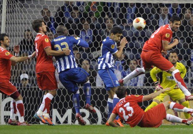 Porto venció a Sevilla, pero dejó la serie abierta