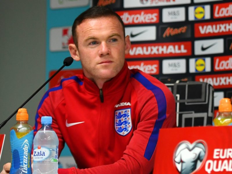 """Angleterre, Rooney : """"Je respecte la décision de l'entraîneur"""""""