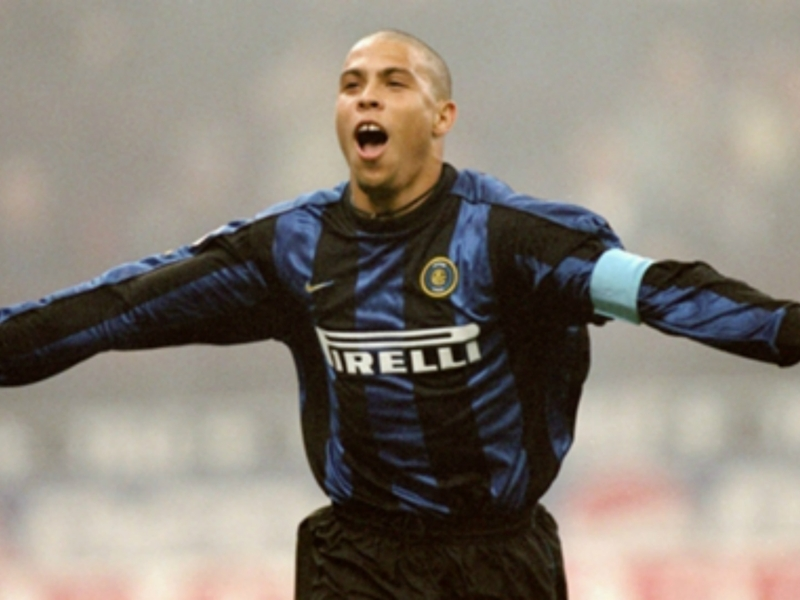 Why Ronaldo quit Barcelona for Inter in world-record transfer