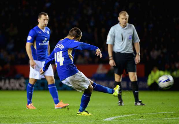 Leicester City 2-1 Sheffield Wednesday: Hosts close in on promotion