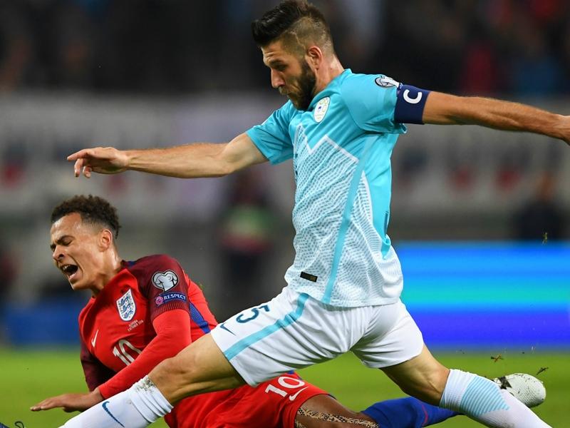 Slovenia-Inghilterra 0-0: Hart tiene a galla i Tre Leoni