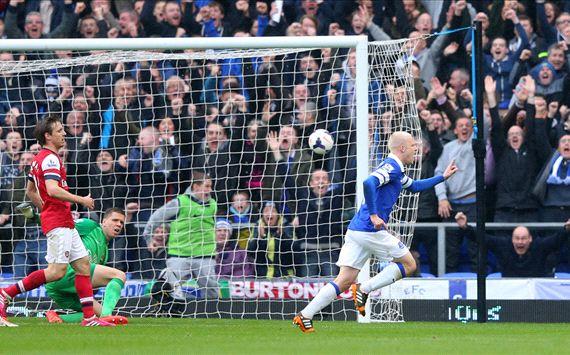 EPL: Woeful Arsenal trashed by Everton