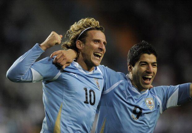Luis Suárez y Diego Forlán son los máximos goleadores de Uruguay