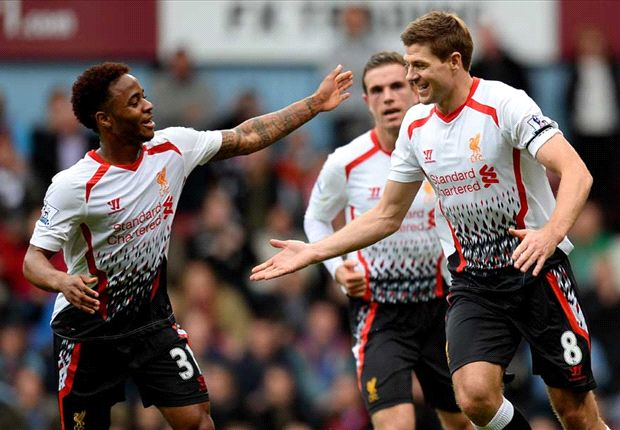 Gerrard holds his nerve to keep Liverpool in title hunt