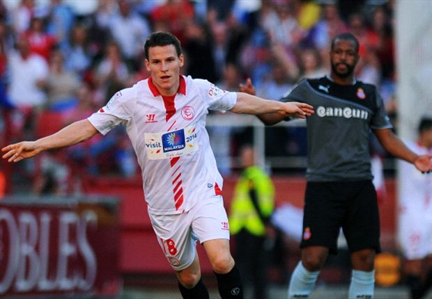 Sevilla - Benfica Betting Special: Gameiro to continue fine scoring form in Turin