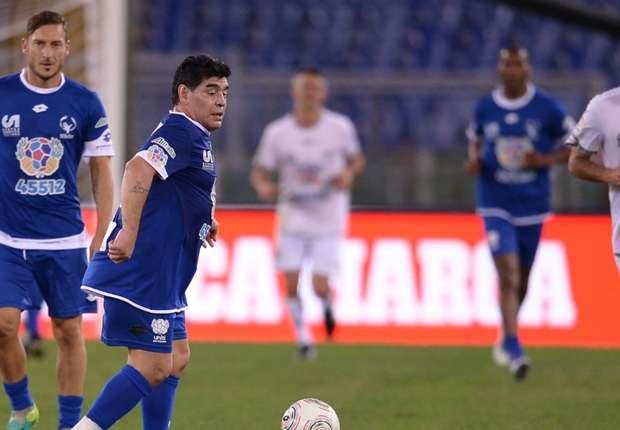 Partita per la Pace, Maradona e Totti ko 4-3: decisivo Cavenaghi