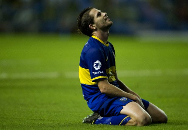 Argentina rocked by Gago injury blow