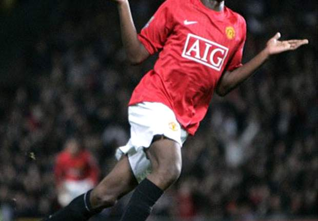 Blackpool competing with Preston North End to take Manchester United's Danny Welbeck on loan - report