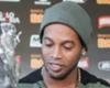 """Assis diz que Ronaldinho tem propostas: """"Só falta ele decidir"""""""