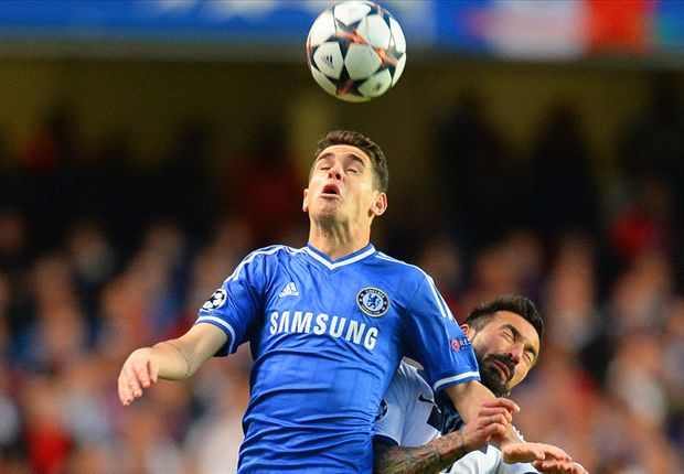Oscar fears hip injury could threaten World Cup chances