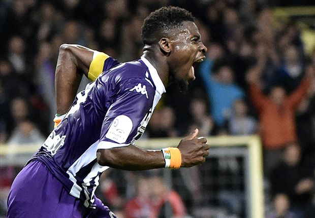 Arsenal on brink of clinching £7m Aurier deal