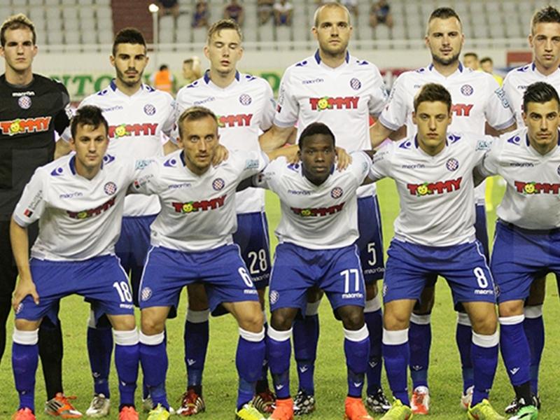 Novità in casa Hajduk: terza maglia con i nomi dei soci