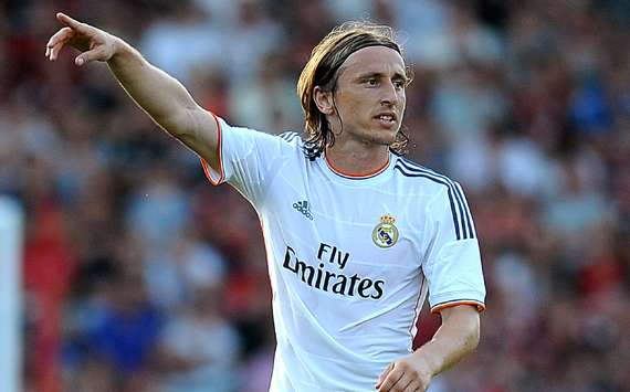 Real Madrid dismiss Chelsea's Modric enquiry