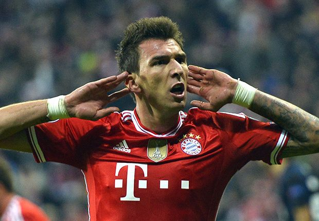 Mandzukic puts Arsenal and Chelsea on red alert