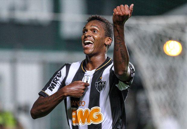 Jô espera início positivo no Brasileirão