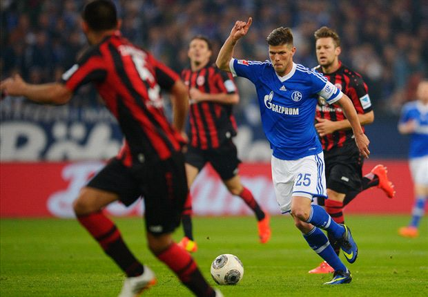 Huntelaar delays Schalke contract talks