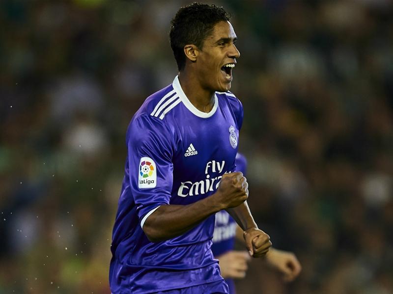 "Real Madrid, Varane : ""Je peux progresser et marquer plus"""