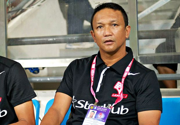Fandi hopes for 'better' referee for Pahang clash