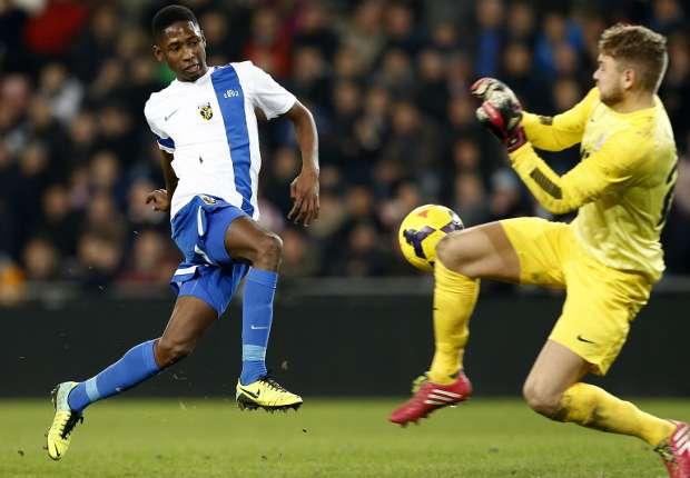 Kelvin Leerdam maakte een goal en een eigen doelpunt