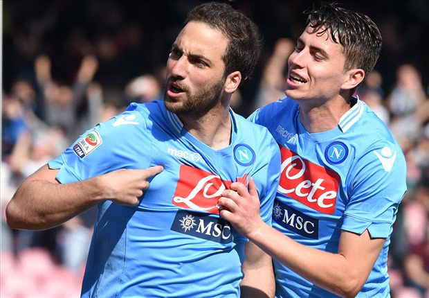 Napoli 4-2 Lazio: Higuain hat-trick sees Benitez's men emerge victorious