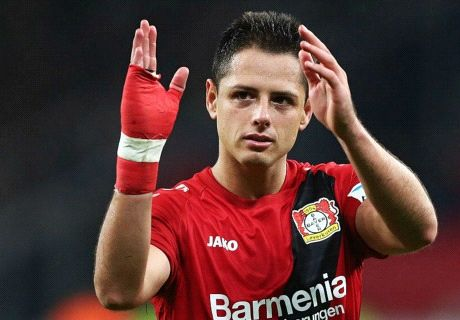 Madrid opens door to Chicharito return