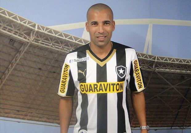 Botafogo anuncia Emerson Sheik oficialmente