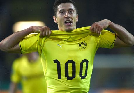 Centurion Lewy puts Dortmund in final