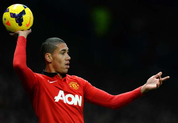 Manchester United plan Smalling contract talks