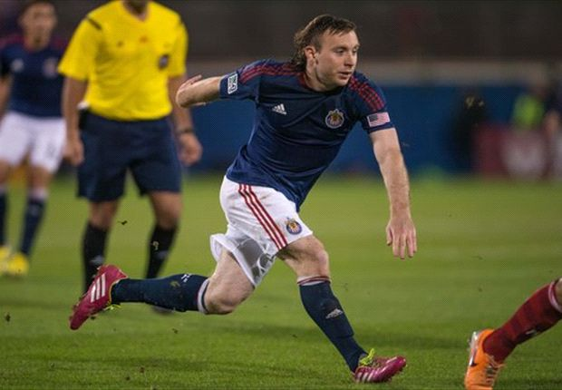 Chivas USA's McNamara to undergo knee surgery