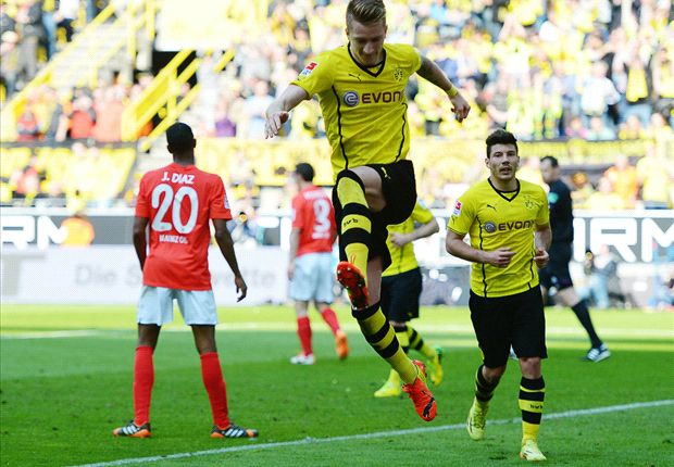 Bundesliga Team of the Week: Reus stars again