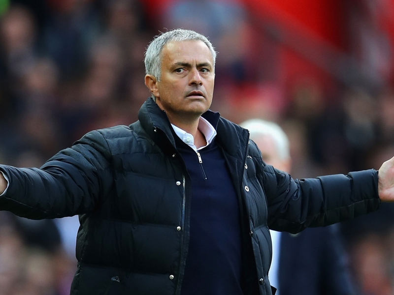 "Chelsea-Manchester United, Mourinho : ""Abramovitch m'a viré"""