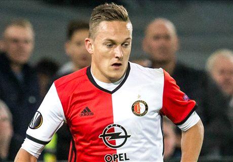 'Toornstra beloond door Feyenoord'