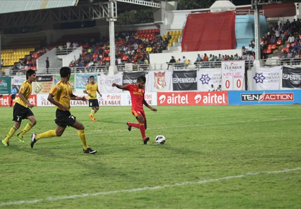 Pune FC 1-2 East Bengal: Doungel keeps title hopes alive