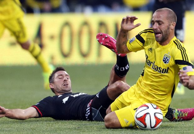 Columbus Crew 1-1 D.C. United: 10-man Crew score late