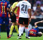 Iniesta se lesiona de gravedad en Valencia
