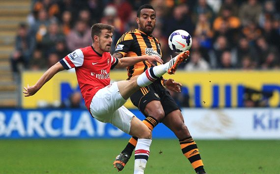 Aaron Ramsey Tom Huddlestone Hull City Arsenal Premier League 04202014
