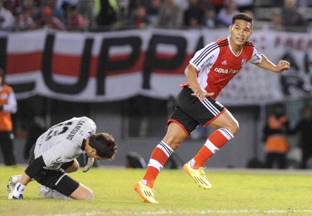Teo festeja su gol, antes de la lesión...