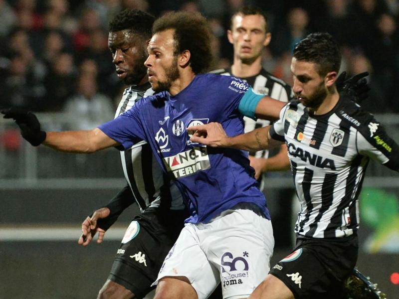 Angers - Toulouse 0-0, Lafont sauve le TFC
