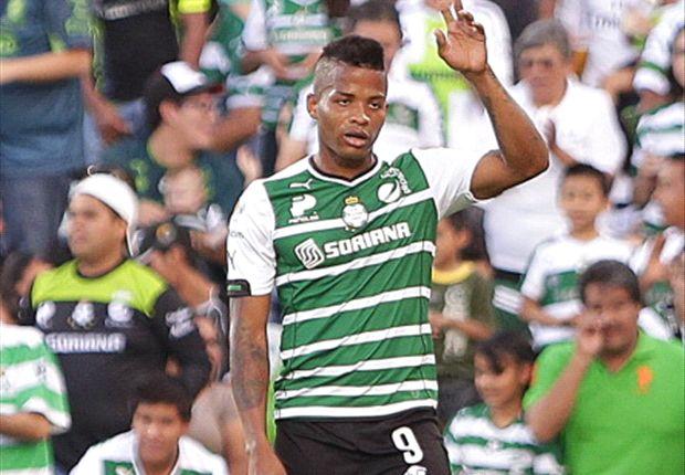 Andrés Rentería festeja su gol
