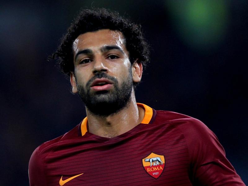 Tegola Salah sulla Roma: lesione al legamento della caviglia, salta il Derby