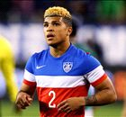 Official: Yedlin completes Spurs move