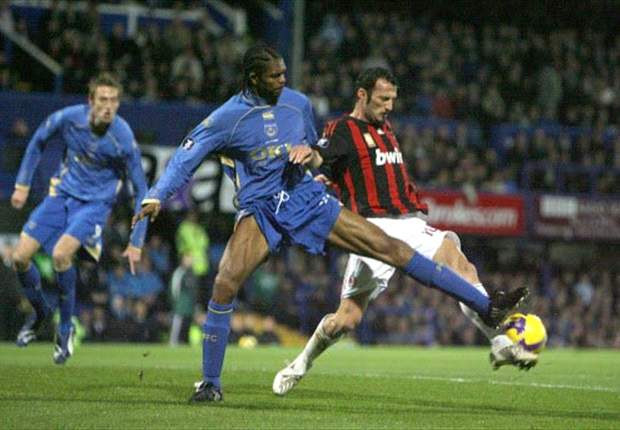 Harry Redknapp to intervene with Kanu for Portsmouth's sake